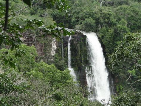 Cachoeira na Floresta Amazonica, no Parque Estadual Sucunduri